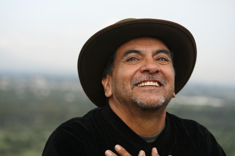 Интервю с дон Мигел Руиз: Човечеството е част от Планетата Земя, всички сме Едно.