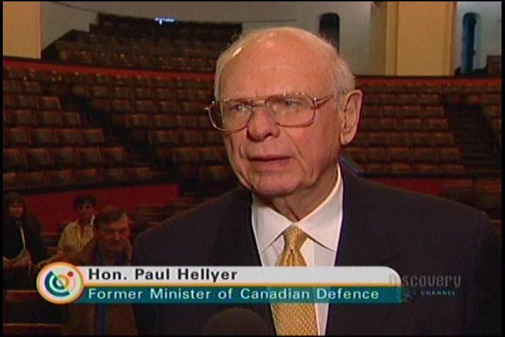 Канадският министър на отбраната: Има извънземни на Земята и правителството работи с тях. Ние сме духовни същества!