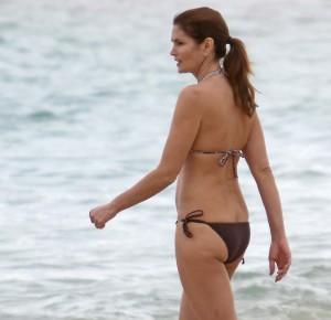cindy-crawford-bikini1