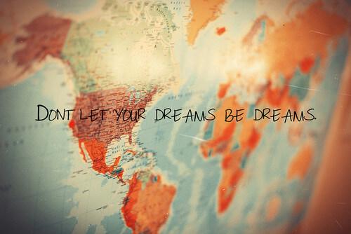 Карта на мечтите по новолуние – желанията оживяват!