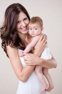 Magdalena Pashova s bebe(2)