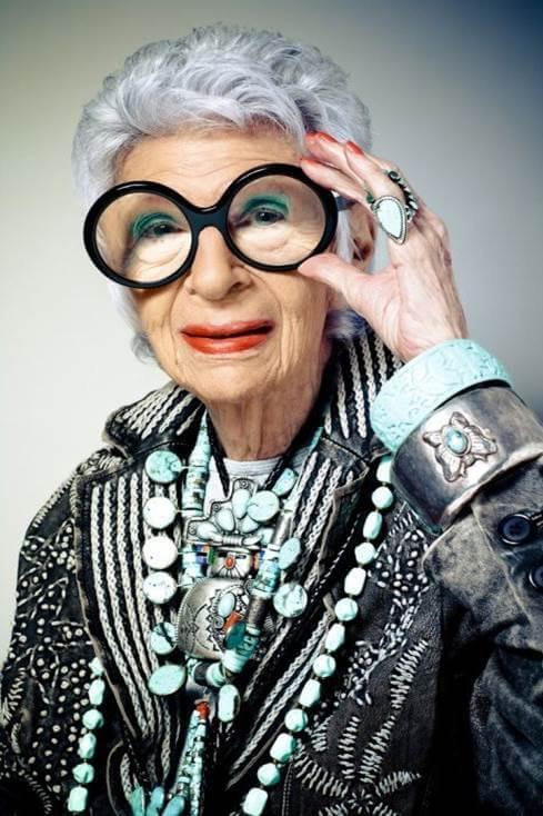 45 вдъхновяващи житейски урока от Реджина Брет – 61-годишната писателка победила рака