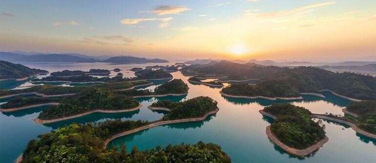 """Езерото """"Хиляда острова"""" в Китай"""